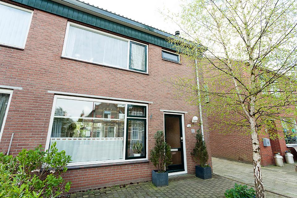 Buitenschilderwerk woning (Dorpsstraat, Wormer)